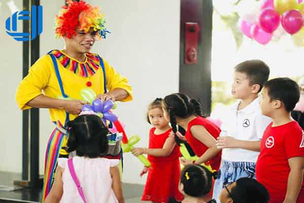 Dịch vụ cho thuê chú Hề thổi bong bóng nghệ thuật tại Đà Nẵng
